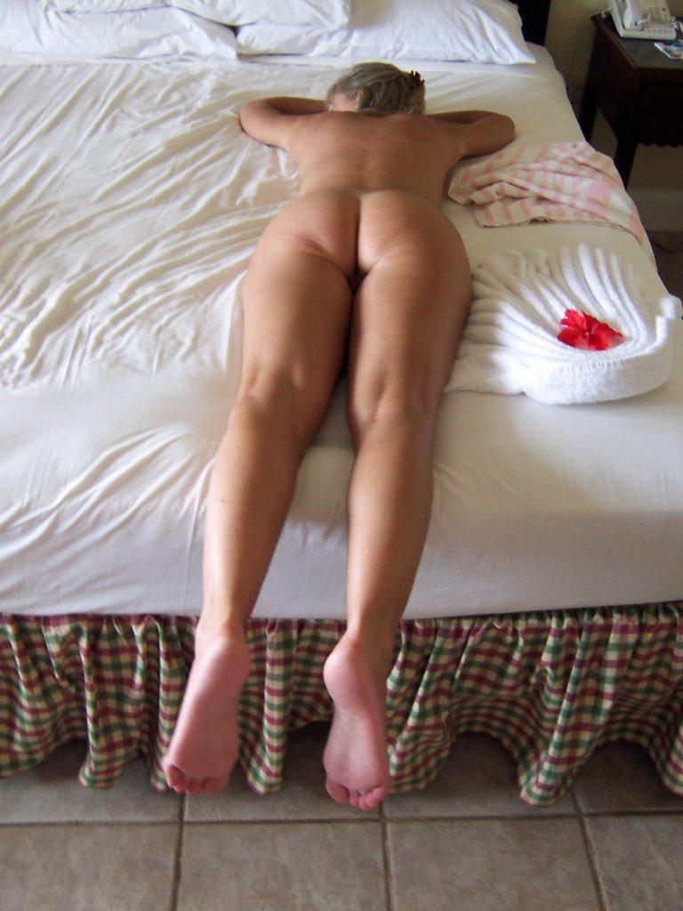 Amateur-Wife-00135-768x1024