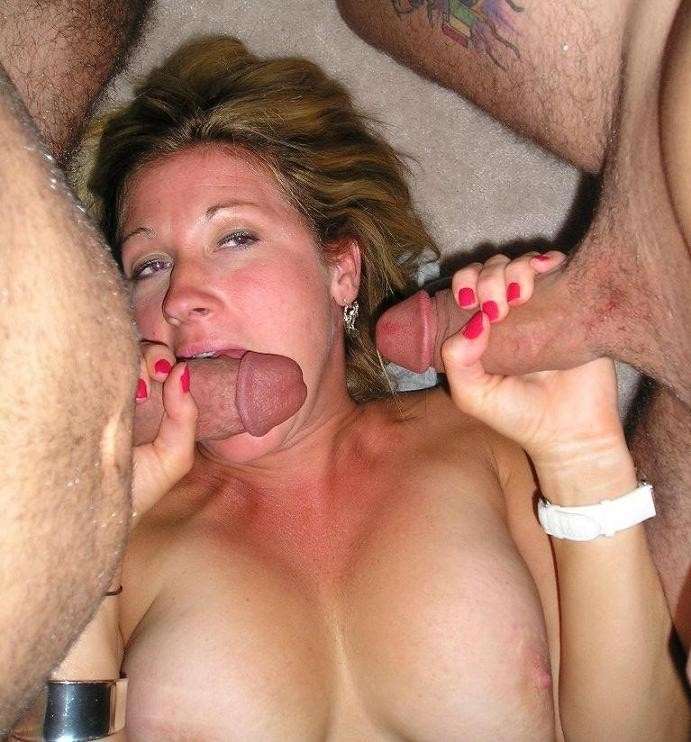 Hot-Wives-00360