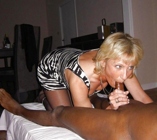 Blonde-Hotwives-BBC-Blowjobs-1-800x445